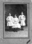 unknown 3 girls-Toledo, Ohio